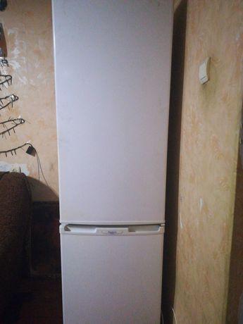Холодильник, Продам холодильник в отличном состоянии, торг на газель.