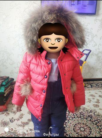 Продам детскую куртку зимнюю