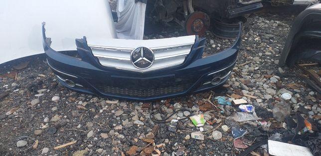 Vand bara fata Mercedes A clas anu 2010