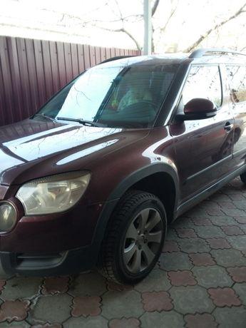 Продам автомобиль Шкода Йети 2010 года
