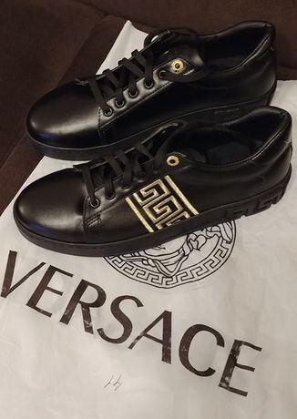 Страхотни обувки Versace