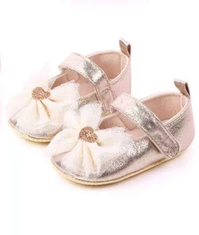 Papuci (pantofi) bebe