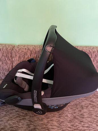 Стол за кола Maxi-Cosi Pebble +  IZOFIX