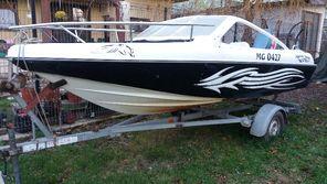 Vand salupa Model V16 Sport + motor Yamaha 90 CP + peridoc 4850 euro