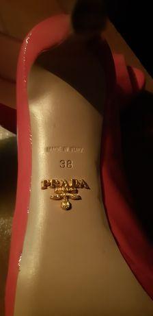 Туфли PRADA ,38 размер