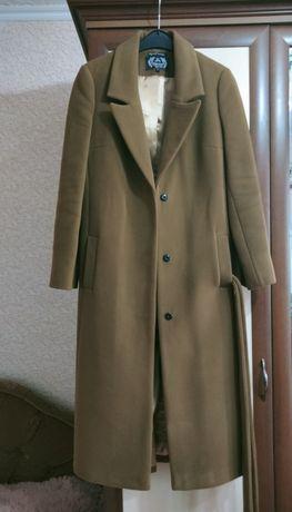 Женское пальто классика