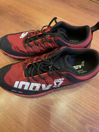 Беговые кроссовки INOV