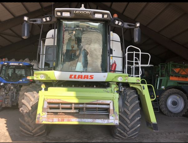 Vand 4 combine agricole CLAAS LEXION 580