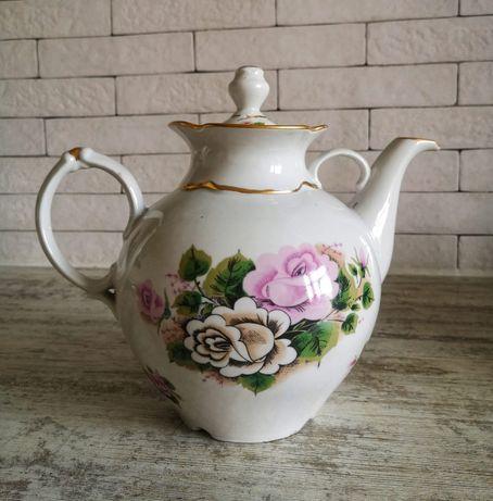 Фарфоровый чайник 3 л