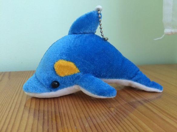 Плюшено делфинче