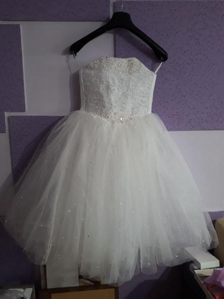 rochie mireasa marimea 36