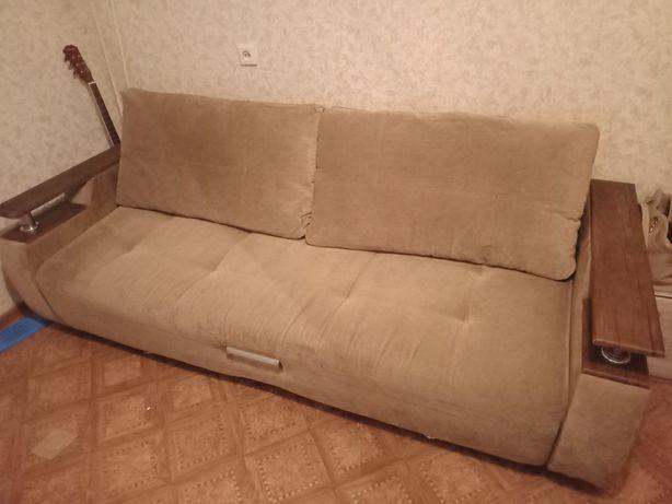 Диван-кровать в отличном состоянии