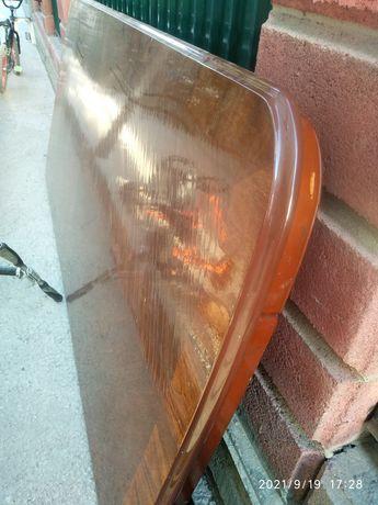 Продам стол покрытая лаком