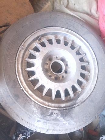Колесо с диском от машины