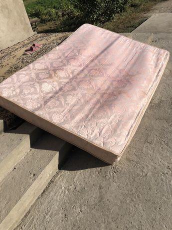Кровать двухместный