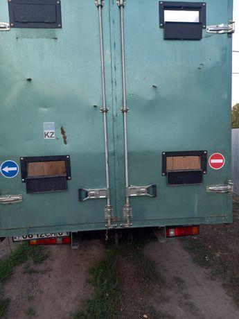Перевезу груз, скот, крс, мрс, лошадей на газели длина 4.20, ширина 2м
