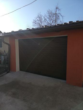 Uși garaj secționale