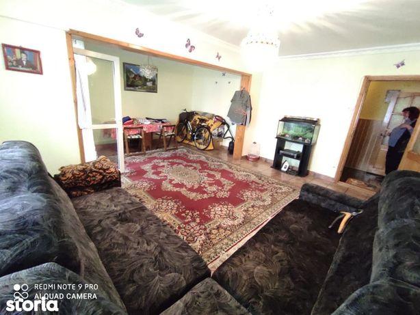 Apartament decomandat, 4 camere , Nord, imbunatatit
