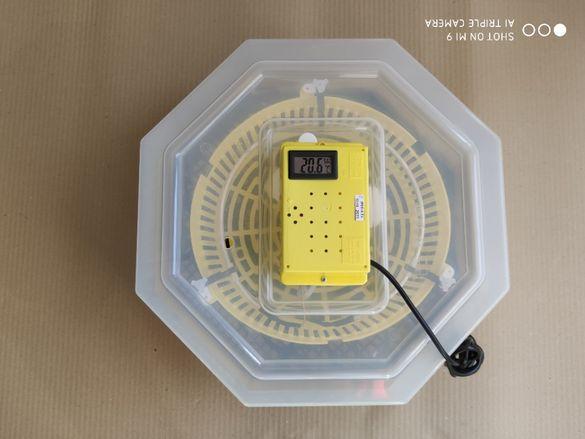 Полуавтоматичен инкубатор