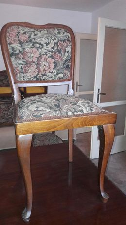 Set sase (6) scaune din lemn masiv cu tapiterie
