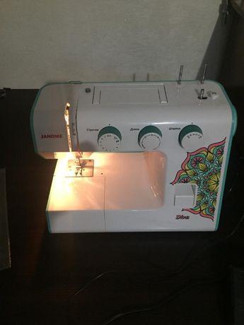 Продам новую швейную машину с гарантией