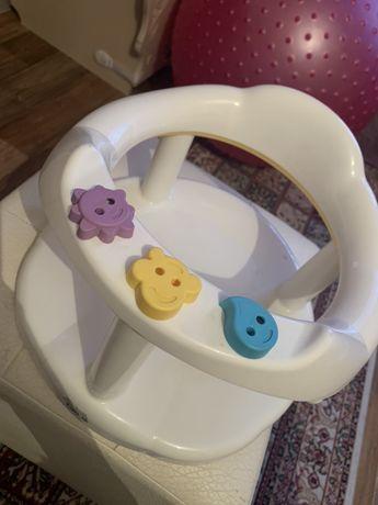 Сиденье для ванны малышу