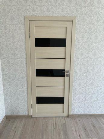 Продам межкомнатные 3 двери состояние нового