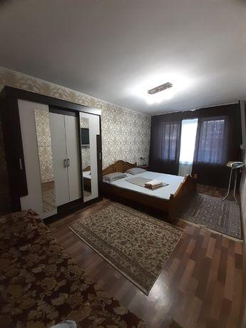 1 комн квартира посуточно / по часам на Зеина Шашкина _ Аль Фараби