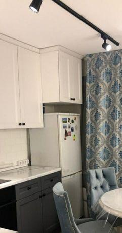 Срочно продам Холодильник Требуется заправка фреона