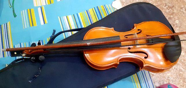 Продается скрипка для начинающих за 5600тг в хорошем состоянии
