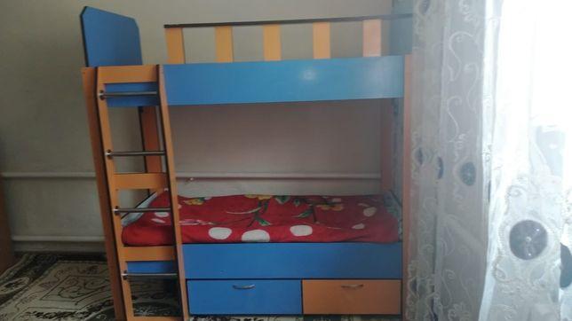 Детский кровать двухэтажный
