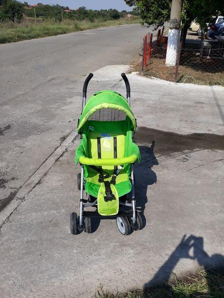 Продавам детска количка в добро състояние