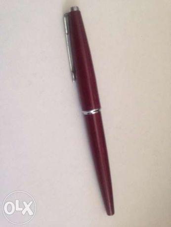 """Химикалка с мастило """"Паркър"""""""