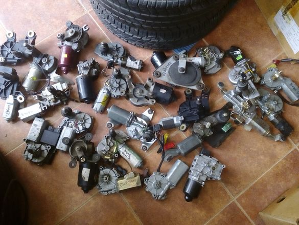 Моторчета за чистачки