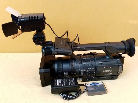 Видеокамера Soni HDR-FX1E