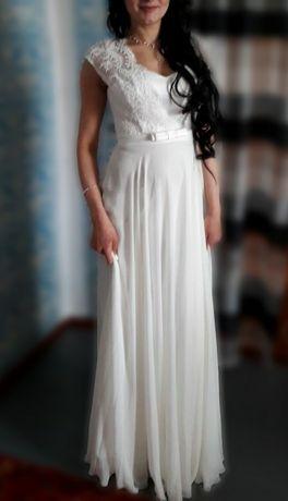 Нежное вечернее платье