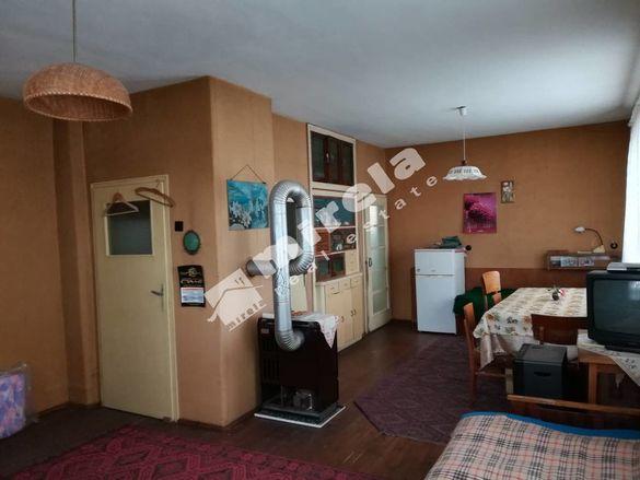 Етаж, 124 кв. м, област Велико Търново, гр. Павликени