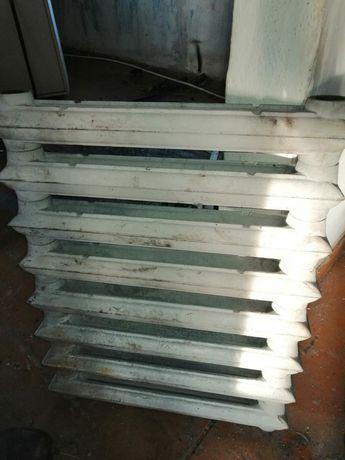 Продам чугунные батареи радиаторы отопления