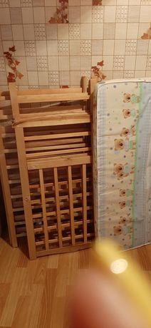 Мебель ,ковры, кровать полуторка, зеркало, ходунки