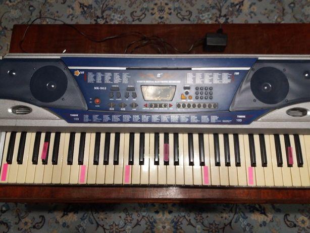 Продам синтезатор MEIKE MK-962