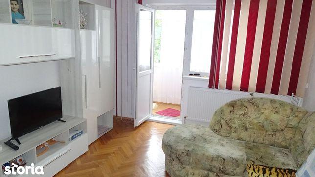Vand apartament cu 2 camere, intrari separate in Deva, Bld Dacia,et 2
