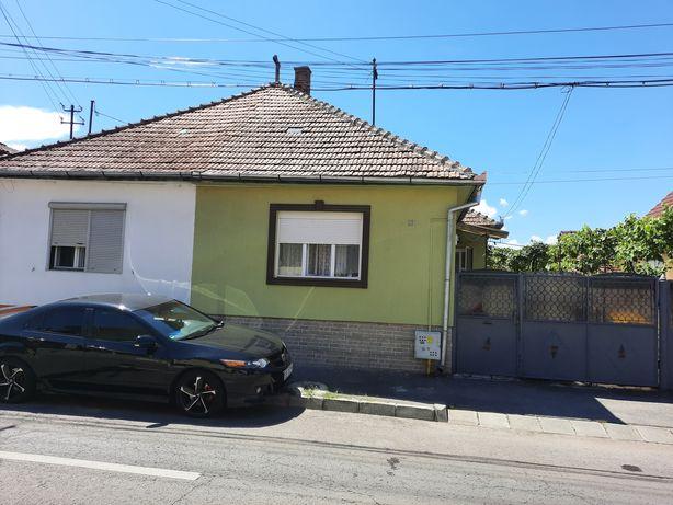 Proprietar Vand casa zona Calea Poplacii / Piata Sadu
