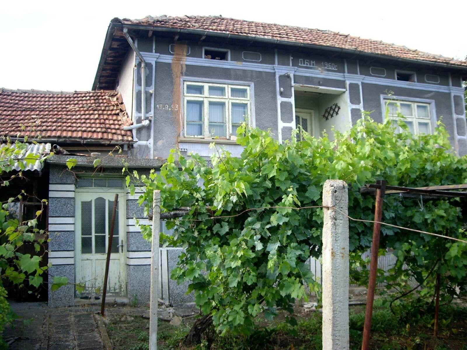 Къща в с. Горна Липница