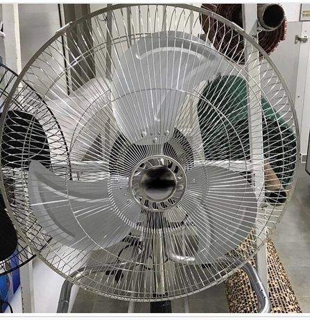 Вентилятор напольный  металлический