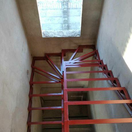 Металлокаркас . Лестницы . Перила .  Обшивка под ключ!