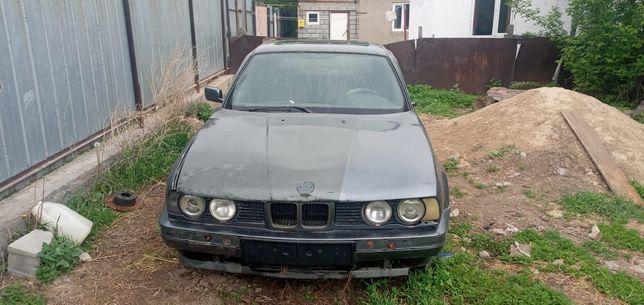 Продается БМВ 1988 года выпуска