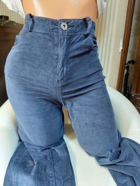 Pantaloni /blugi velur mărimea xs