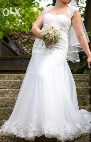Бутикова сватбена/булчинска рокля