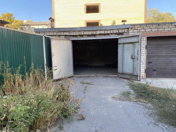 Продам гараж с погребом в центре