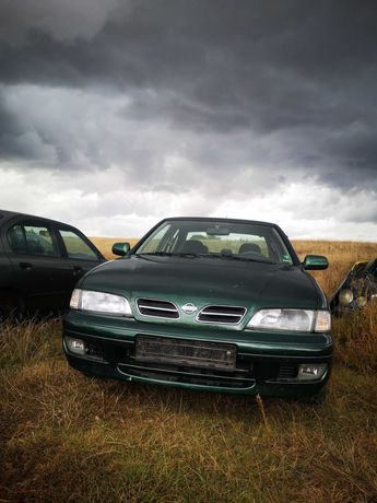 Продавам Nissan Primera P11 1.6 седан на части.